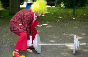 Clown und Zauberer Wowa fuer die Kleinsten
