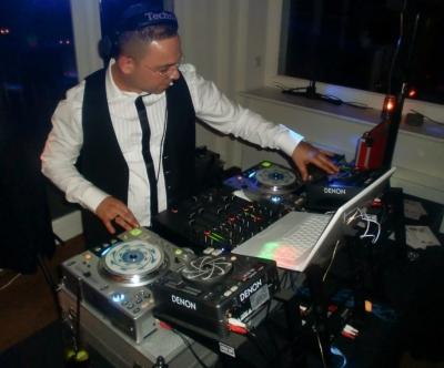 Bundesweit für Ihren Event: Ihr DJ Arkin
