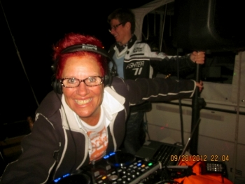 DJ Elly aus Stuttgart - Club DJ Booking
