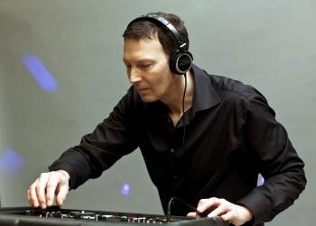 DJ Flava Pro unser Spezialist für Funk und Soul - Club DJ Booking