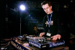 DJ Just aus Franken - Club DJ Booking - DJ Just