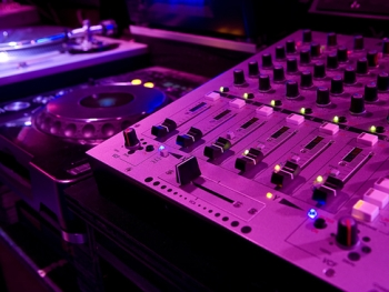 DJ Regensburg - Ihre mögliche Tontechnik