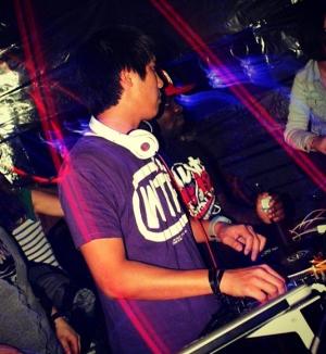 DeeJay AzNbeatz für Ihren Club - Club DeeJay AzNbeatz