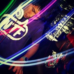 Feiern Sie mit Ihrem DeeJay AzNbeatz - Club DJ Booking