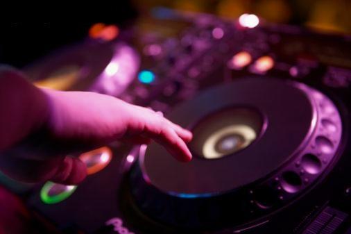 Verlassen Sie sich auf die Professionalität Ihres DJs - Hochzeits DJ Weißenfels
