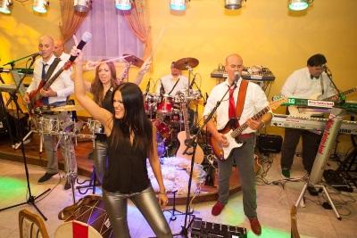 Feiern Sie mit der Mister Twister Bend - Serbische Band