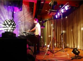Polnischer DJ Thomas