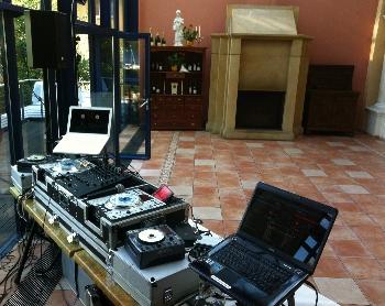 Ausschließlich professionelles Equipment - DJ Pirna