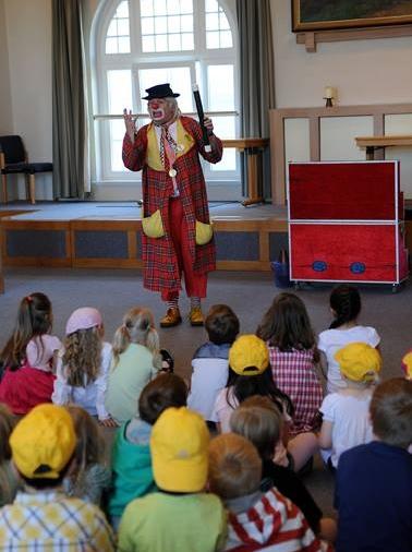 Feier Sie Ihr Kinderfest mit Zauberclown Charly in Norddeutschland